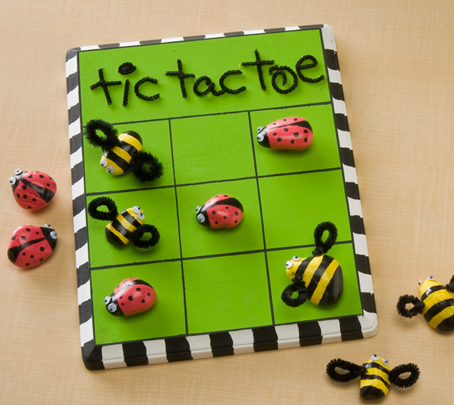 Bumblebee and Ladybird tic tac toe | Plaid | Fundraising Mums